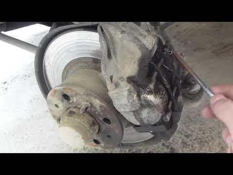 Самостоятельная замена передних тормозных колодок на ВАЗ 2106 (классика)