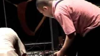 AARON DILLOWAY& JOJO HIROSHIGE live NO MUSIC FEST 2004