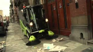 Уличная уборочная техника - грин машин 636.(, 2011-08-23T12:13:02.000Z)