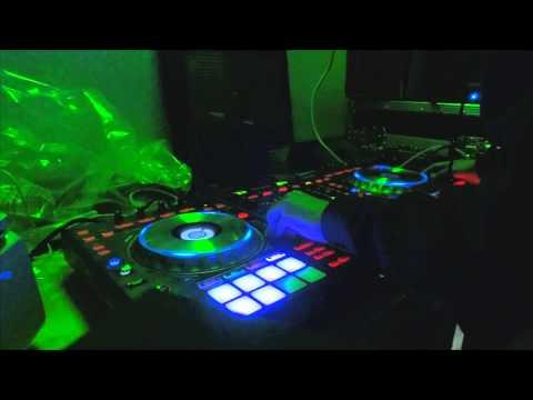 ESK - Meh Wan Curl Up Like Suh (Indian Chutney Live Mix) (Pioneer DDJ-SZ) [Dj Tr3v]