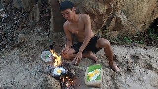 """ทอดไข่บน""""แผ่นหิน""""ที่มีแร่ธาตุ ในพม่า!!!"""