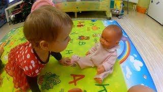 ЛІЖЕЧКО ДЛЯ ЛЯЛЬКИ, Іграшки для дівчаток ЛЯЛЬКА ПУПС відео для дітей на TUMANOV FAMILY