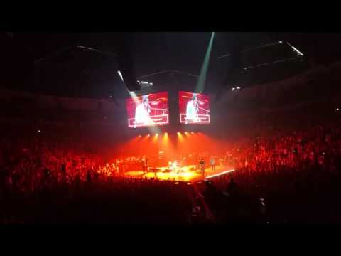 Hillsong United - Here Now (Madness) Passion 2016