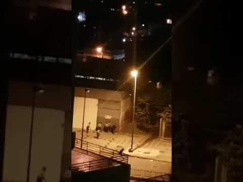 Sucedió en Caracas Av san martin entrada que da al guarataro por capuchinos