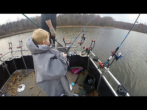 $50 Walmart Catfishing Challenge - Catfish Rod And Reel Setup X 3 - WIN 3 Catfish Rods