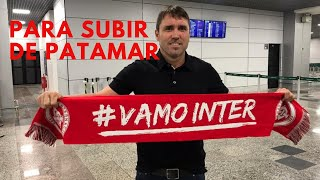 Mais um técnico estrangeiro à frente de um grande clube brasileiro. O que esperar dele?