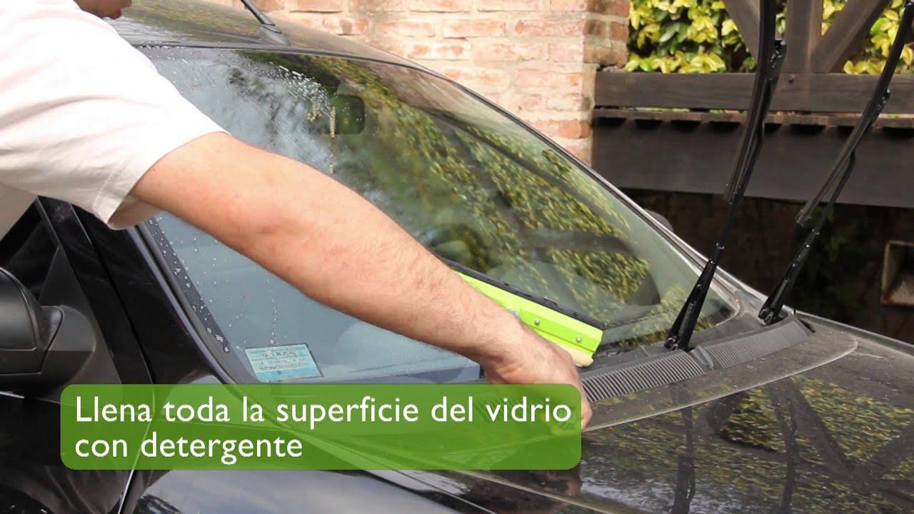 C mo limpiar el parabrisas de tu autom vil aprende a reparar tu autom vil youtube - Como limpiar el interior del coche ...