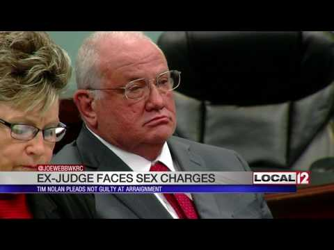 former-campbell-co.-judge-indicted-on-rape,-human-trafficking-charges-pleads-not-guilty