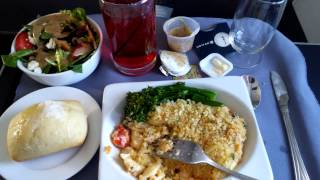 4K UHD United Airlines New Food Service Lunch First Class Lobster Mac Cheese 737-800