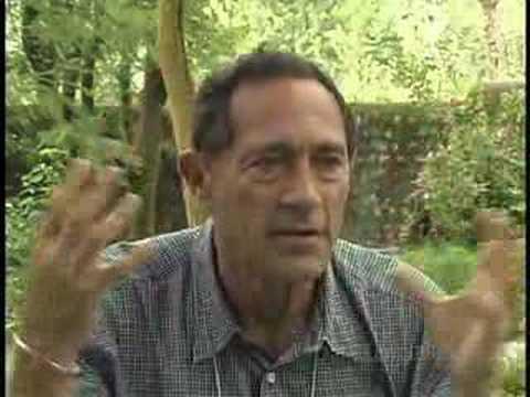 John E Mack: UFOs / aliens shatter Western World view
