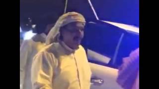 شاهد.. لحظة الإفراج عن الشاعر القطري محمد بن الذيب بعد صدور عفو أميري