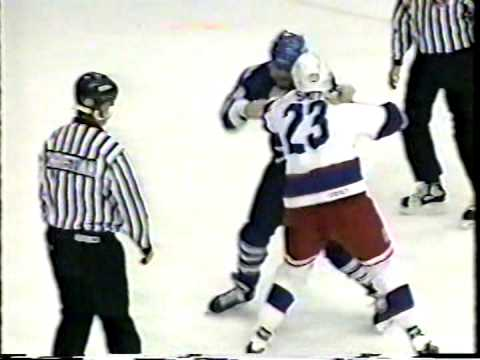 Frank Bialowas vs Doug Smith AHL fight 1194