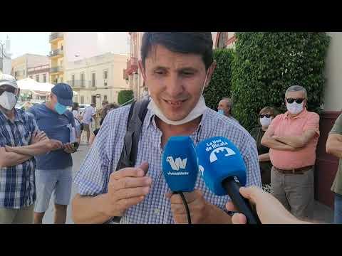 Centenares de vecinos piden un paseo para Antonio Gavira
