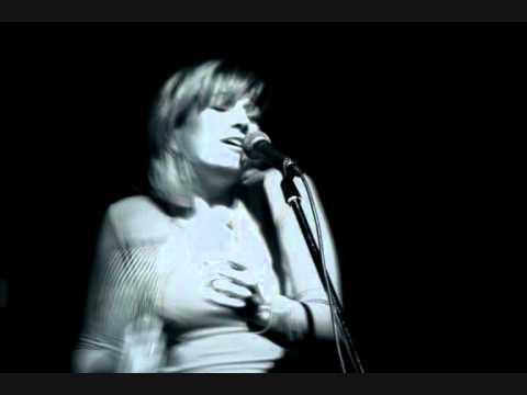 Birsen Tezer - La Belle Dame Sans Regrets (Live)