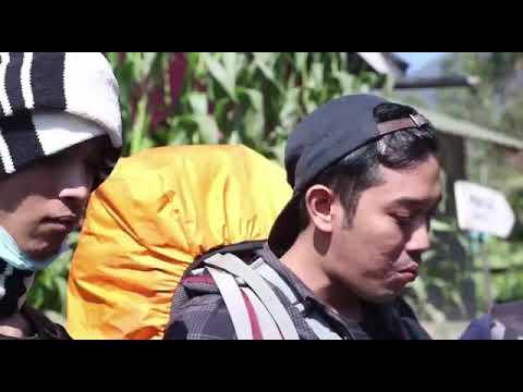 trailer mt.slamet 3428 mdpl bertemu debi sagita (12.07.19)