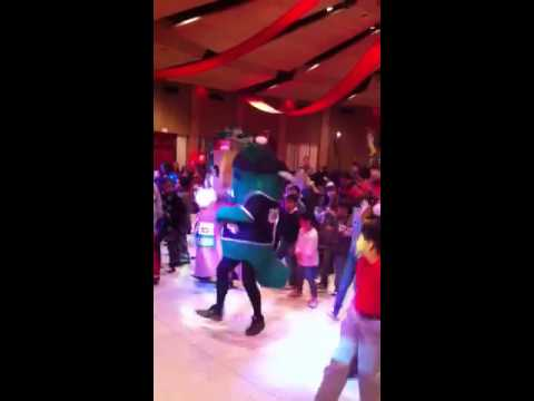 how to dance the cupid shuffle