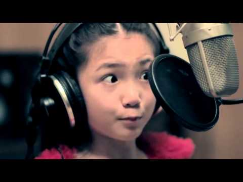9YEAROLD Crystal Lee sings CALL ME MAYBE