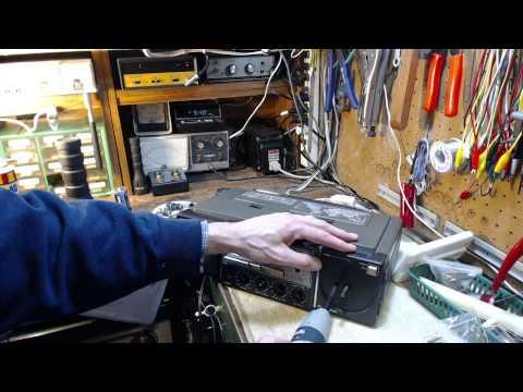Panasonic RF3100 Shortwave Radio Video#1 - Checkout and Disassembly