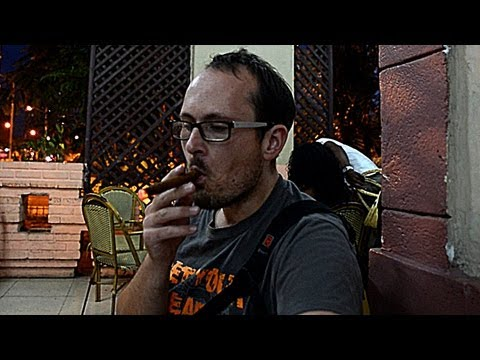 Cuba VLOG 6: Cigars & Cocktails at local Cuban bar