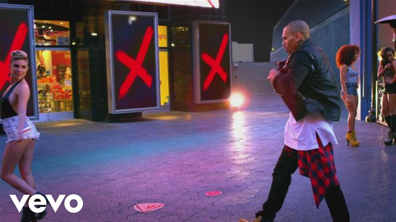 Download Chris Brown - Loyal (Edited Version) ft. Lil Wayne, Tyga