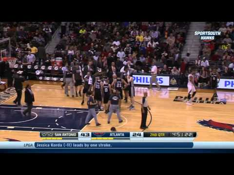Jeff Teague falls hard on ankle leaves game