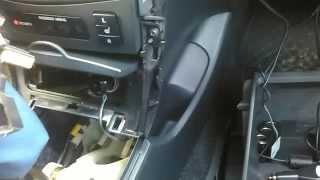 Прячем провода в салоне Toyota Corolla 2008 г.