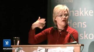 Se Kristin Halvorsen knekke spanskrøret