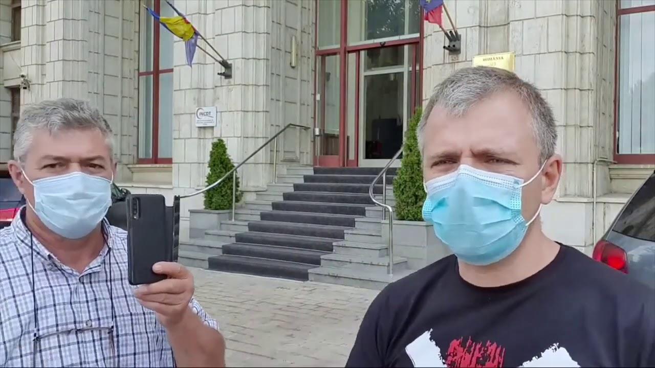 Ministrul Justiției fuge cu lașitate. Cătălin Predoiu a refuzat să răspundă unor întrebări simple
