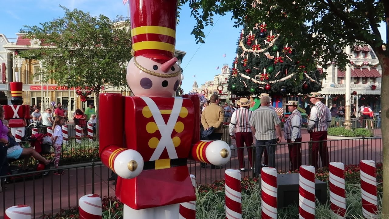 Christmas Is Starting Now At Disney World S Magic Kingdom All New Snacks Jingle Cruise Merch