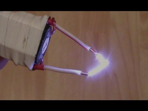 видео: Как сделать электрошокер за 10 минут.