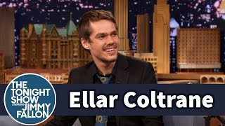 Repeat youtube video Ellar Coltrane Didn't Hide His Acne or Piercings In Boyhood