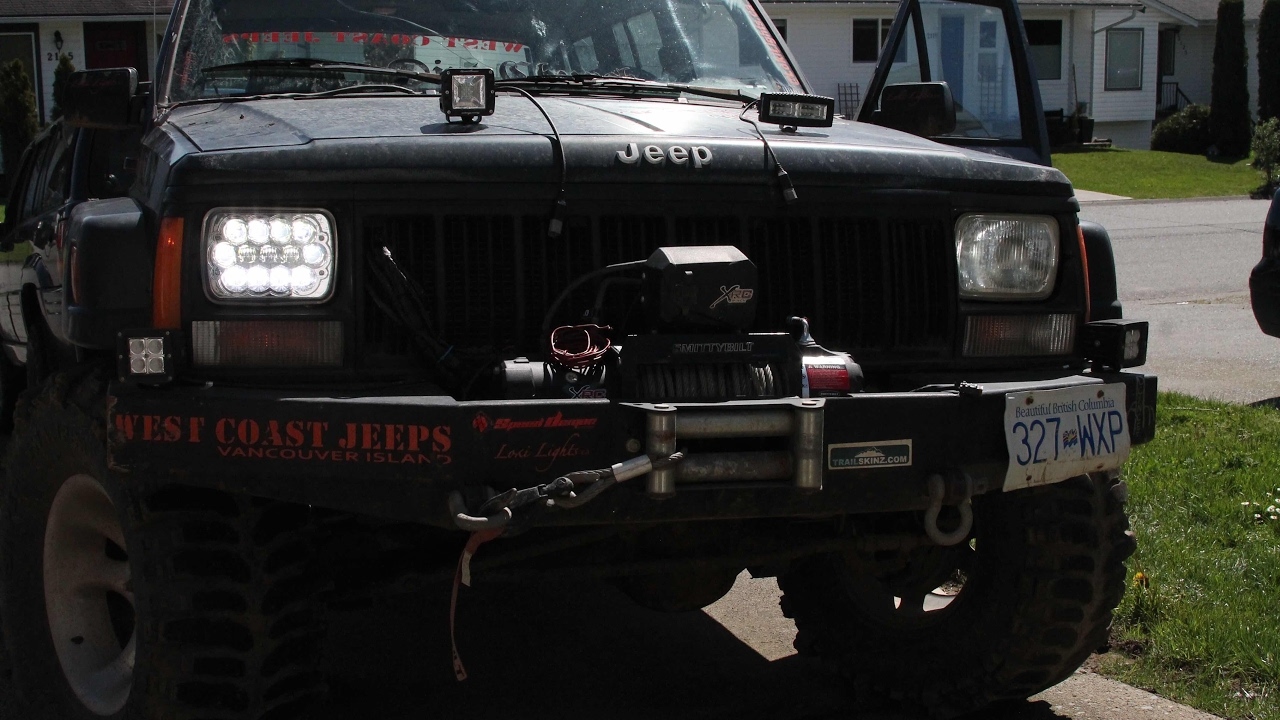 jeep xj 5x7 dot led headlight install / led bulb comparison. speed