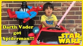 Ryan plays with Star Wars and Spiderman Egg Surprise!