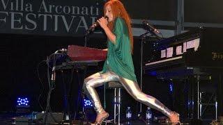 Tori Amos LIVE Arconati 2010 (full show)