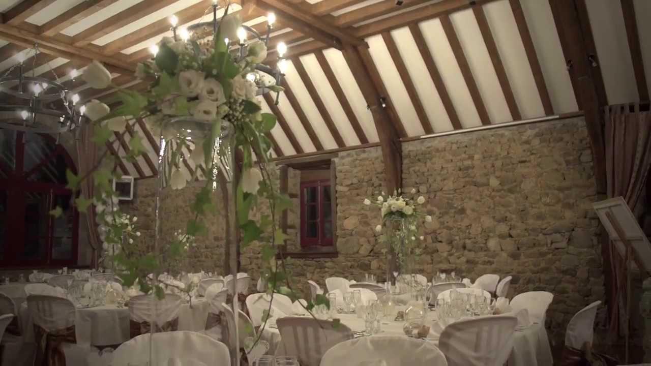 Extrêmement Château de Miremont (63) Salle de réception pour mariage. HD - YouTube IW45