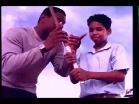 Comercial Dominicanos de los 90 Sammy Sosa Banco Baninter #pisandomitierra