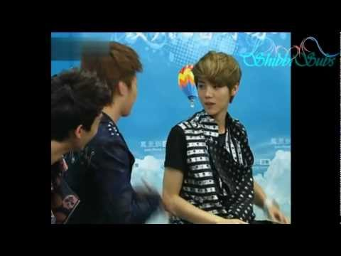 [ENG] 120613 EXO-M IFeng Interview Charades Game Cut (Tao's Funny Acting)
