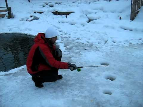 Funniest ice fishing video fishy fishy youtube for Ice fishing youtube