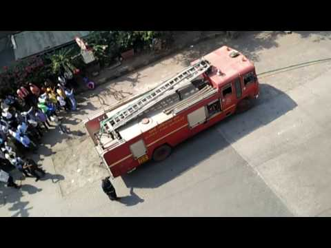 Suddenly the fire started in the car II very slow work by Fire_Brigade in mumbai
