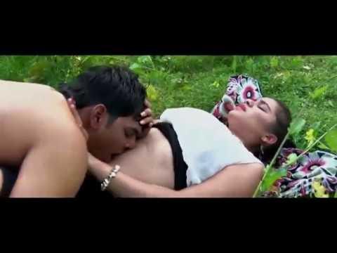 IN jungle, navel kiss ever seen, dost ki nabhi khub chusa