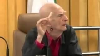 Ariano Suassuna - Defesa contra a teoria da evolução