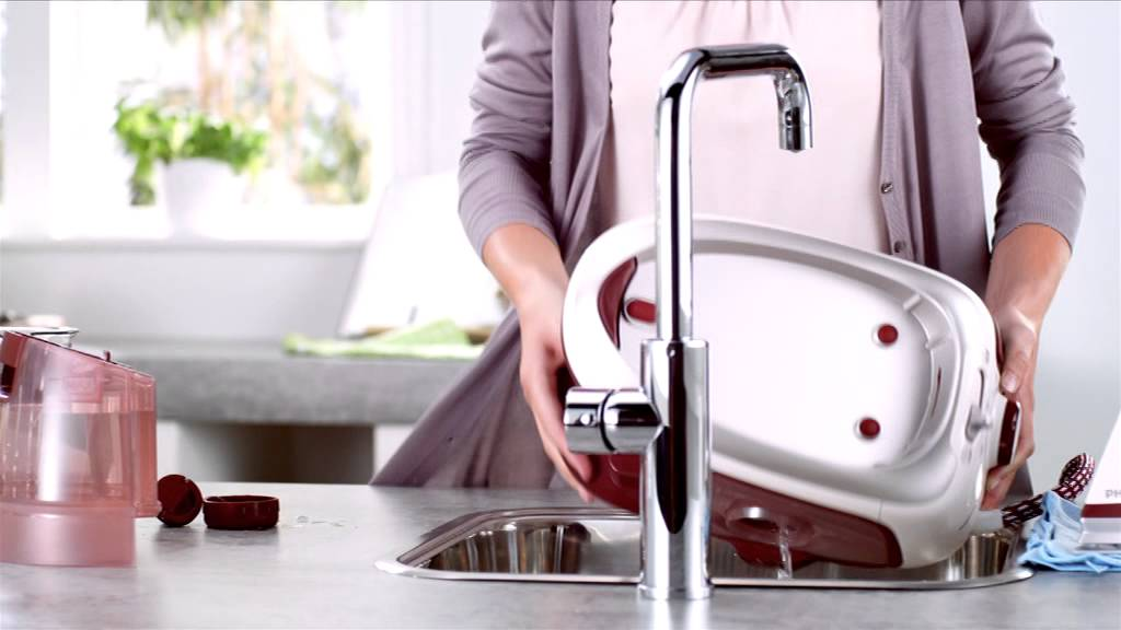 How to clean your steam generator iron| Philips