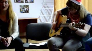 Скачать Emilia Var Minut Catsaround Acoustic Cover