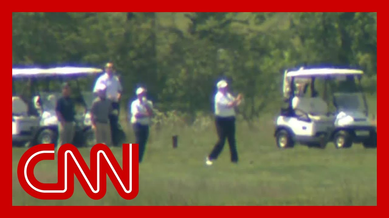 Trump spends weekend golfing amid coronavirus pandemic
