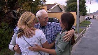 Vader sluit dochter na 27 jaar weer in de armen - REUNITED