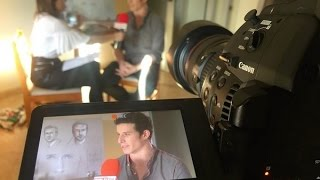 Descubre a Jordi Machi, el pintor valenciano que ha retratado a Ryan Gosling