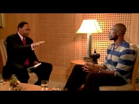 CHN  : Terrell Owens Punks Stephen A. Smith During An Emotional Interview!