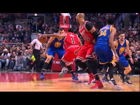 Derrick Rose SICK crossover on Andrew Bogut! (Warriors vs Bulls, 01.20.2016)