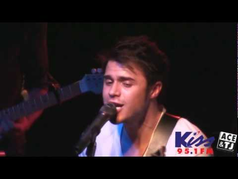 Kris Allen  Like Were Dying  at Kissmas 2009!