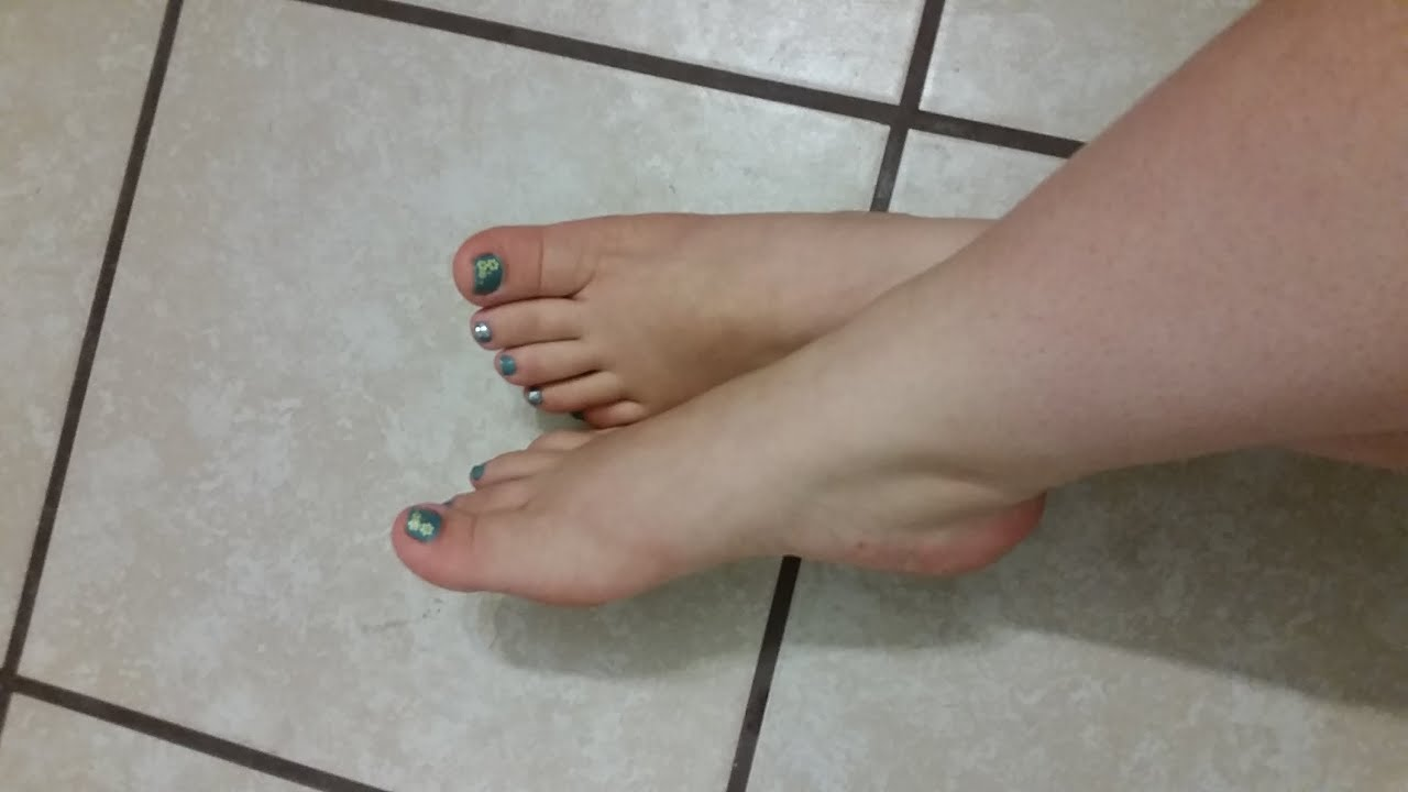 Bano desintoxicante y una crema suavisadora para los pies - Bano de pies ...